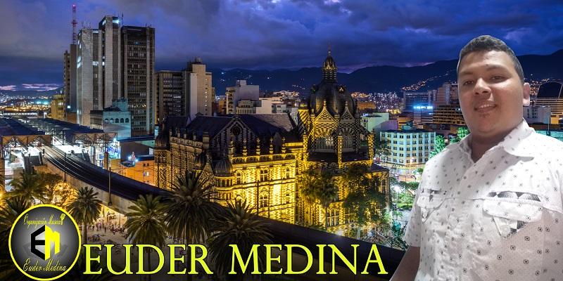 El cantante Euder medina con paso firme enMedellin.